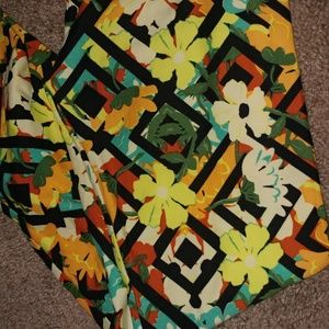 LuLaRoe Pants - (7)NEW🎀Lularoe|OS floral / feathers leggings